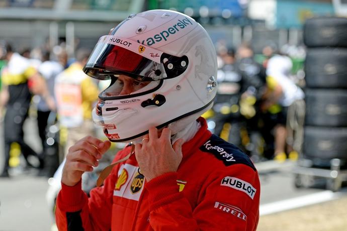 Binotto niega un clima de tensión de Ferrari con Vettel