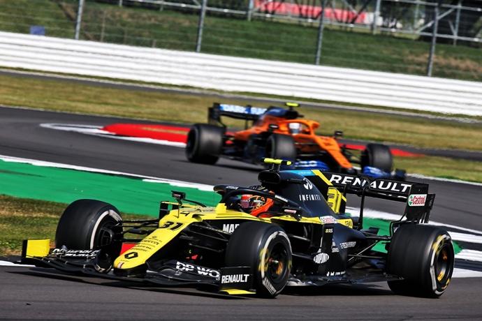 Domingo en Gran Bretaña – Renault: Ocon rescata 4 puntos en carrera