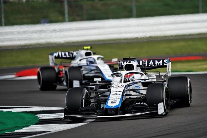 Domingo en Silverstone – Williams: una carrera positiva