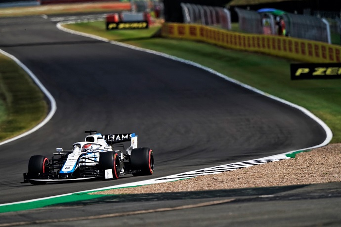 Sábado en Gran Bretaña - Williams: Russell se afianza en la Q2 y es 15º; Latifi saldrá 18º