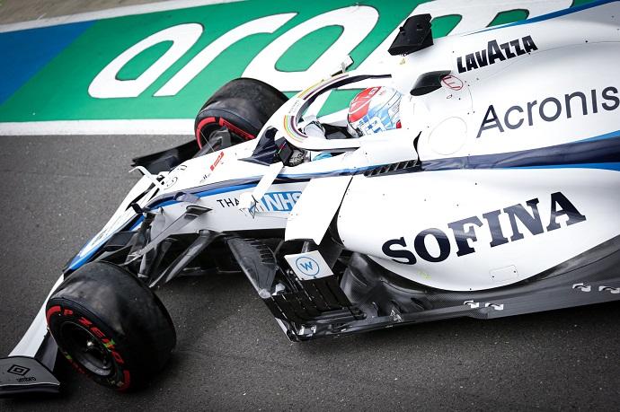 Sábado en Gran Bretaña – Williams: Russell se afianza en la Q2 y es 15º; Latifi saldrá 18º
