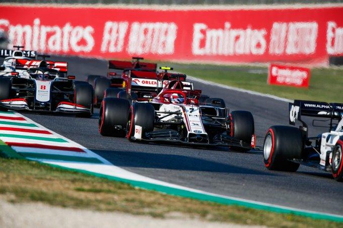Domingo en La Toscana Alfa Romeo consigue dos puntos en medio del caos