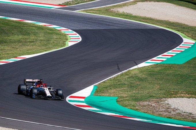 Sábado en La Toscana Alfa Romeo consigue entrar en Q2 gracias a Kimi
