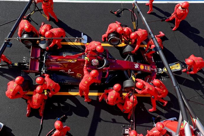 Domingo en La Toscana – Ferrari: ambos monoplazas en los puntos tras una carrera marcada por los abandonos