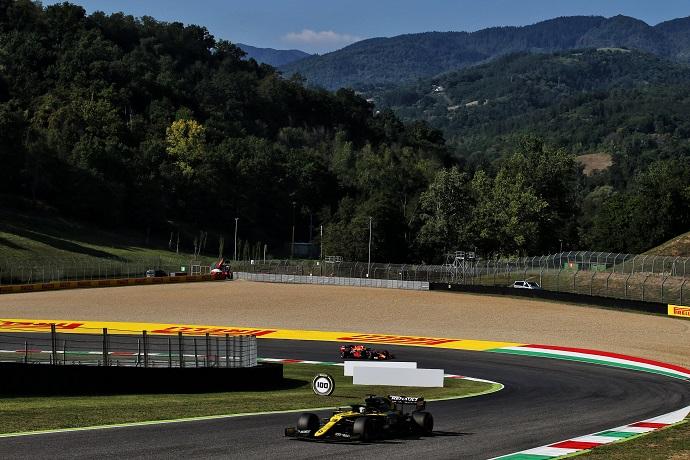 Domingo en La Toscana - Renault roza el podio con un Ricciardo que es cuarto