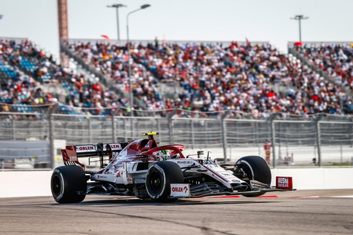 Domingo en Rusia – Alfa Romeo se queda sin puntos a pesar de un brillante Giovinazzi