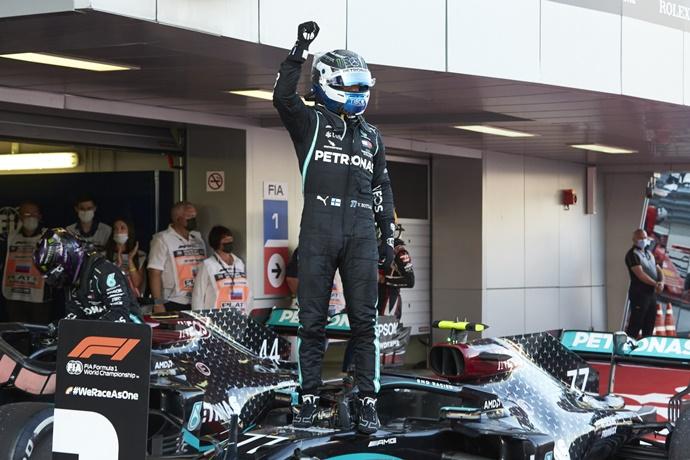 Domingo en Rusia – Mercedes mantiene el invicto en Sochi gracias a Bottas
