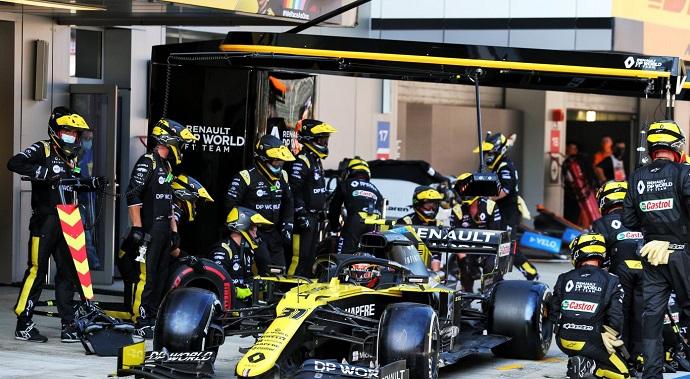 Domingo en Rusia - Renault termina de la misma manera que empieza