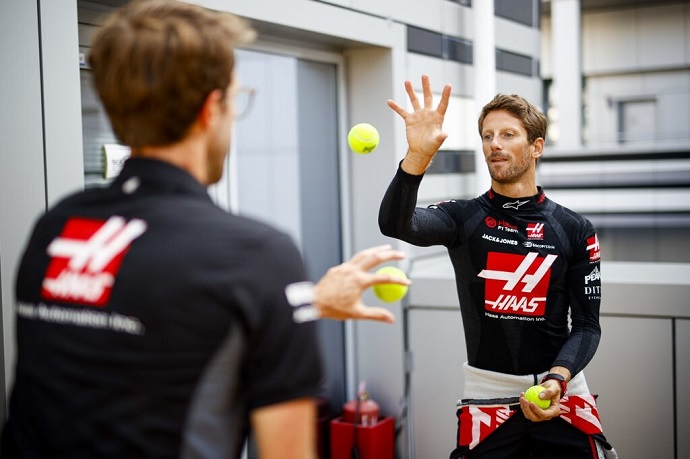 Grosjean destapa las debilidades de Haas