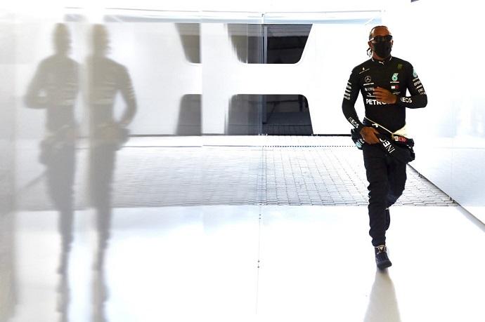 """Masi se defiende de las acusaciones de Hamilton: """"No importa si fue Lewis o cualquier otro de los 19 pilotos"""""""