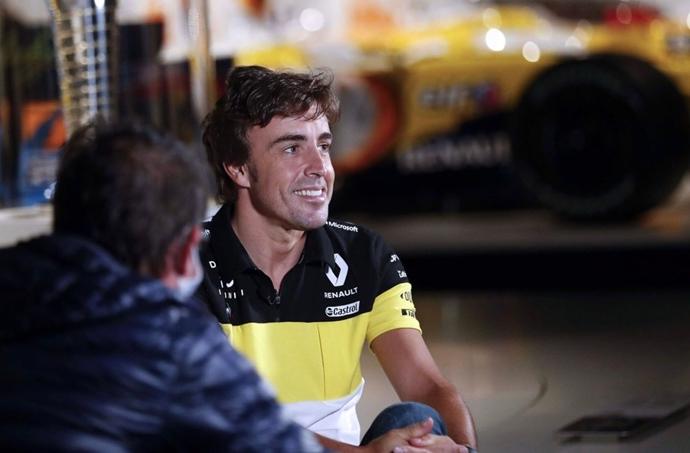 Renault quiere a Alonso en los test de Yas Marina antes de 2021
