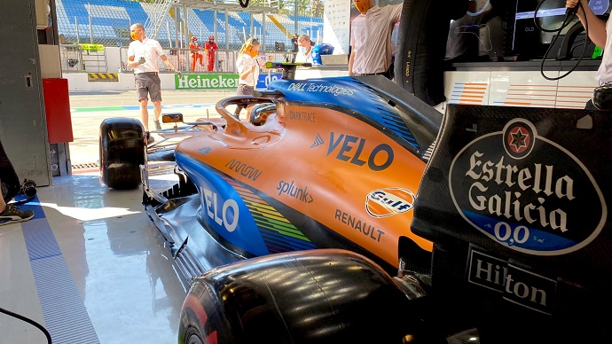 Sábado en Italia - McLaren: un excelso Carlos Sainz es tercero, ¿licencia para soñar?