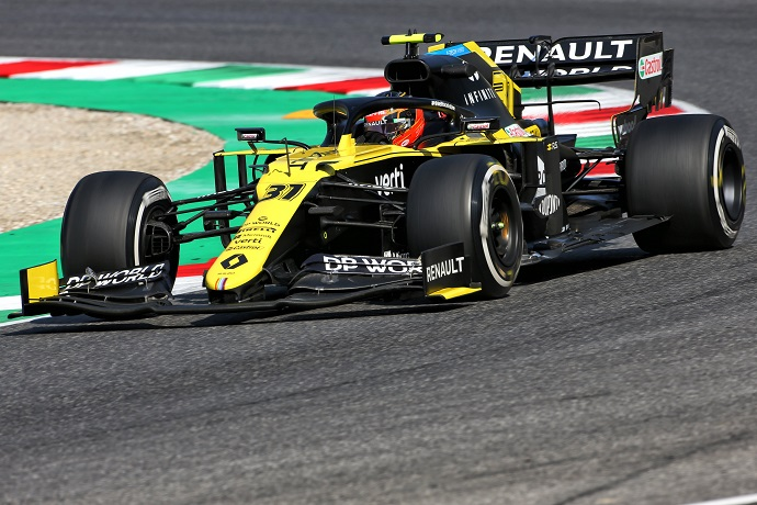Viernes en La Toscana - Renault apunta alto en Mugello