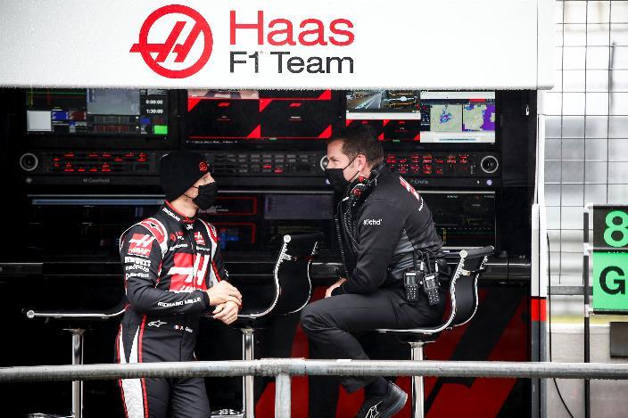 Viernes en Eifel - Haas propone y el tiempo dispone