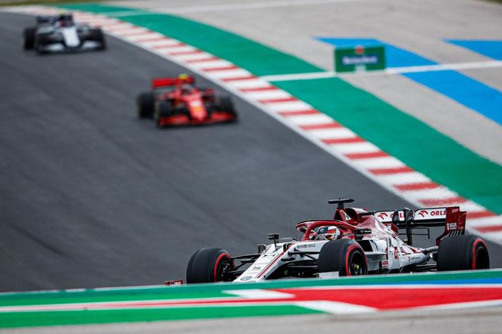 Domingo en Portugal – Alfa Romeo: gran carrera, sin puntos