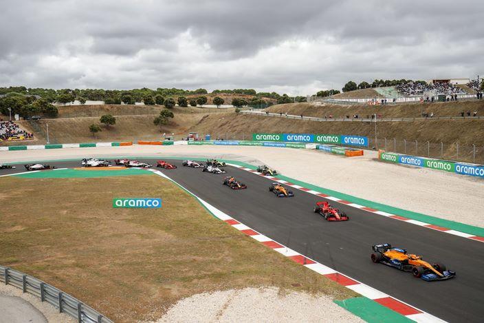 Domingo en Portugal – McLaren: puntos y mala suerte