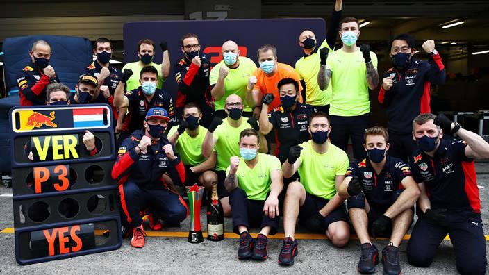 Domingo en Portugal – Red Bull, más de lo mismo