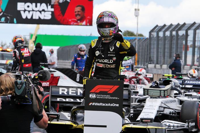 En Renault le dan a Ricciardo el mérito del progreso del monoplaza