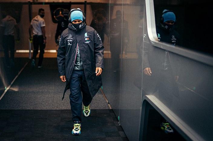 Hamilton critica el rencor de los expilotos de F1 hacia él