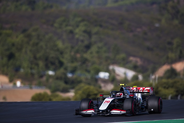 Sábado en Portugal – Haas queda eliminado en la Q1 sin ritmo