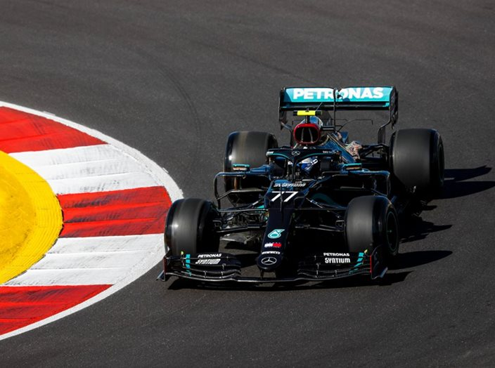 Viernes en Portugal - Mercedes lidera en un nuevo circuito