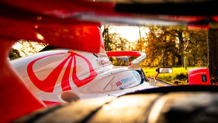 Mahindra Racing revela la alineación que conducirá el M7 Electro en la temporada 7