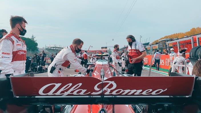 Domingo en Emilia Romaña - Alfa Romeo salda una vieja deuda