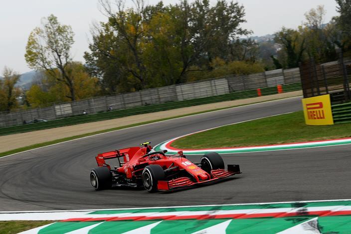 Domingo en Emilia Romaña - Ferrari puntúa con Leclerc y falla con Vettel