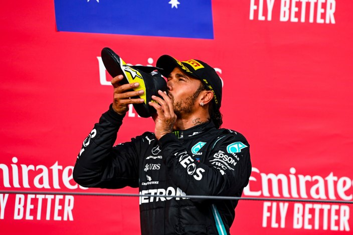 """Hamilton avisa: """"Ni siquiera yo sé si estaré aquí el año que viene"""""""