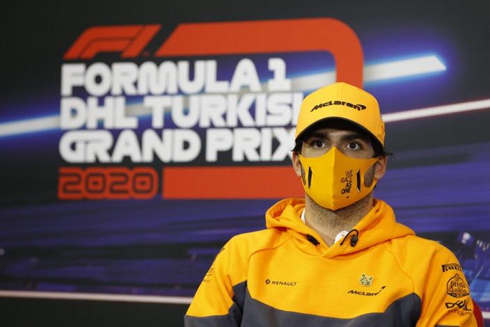 """Sainz, crítico con la falta de test: """"Hará mi primera mitad de temporada en Ferrari muy complicada"""""""
