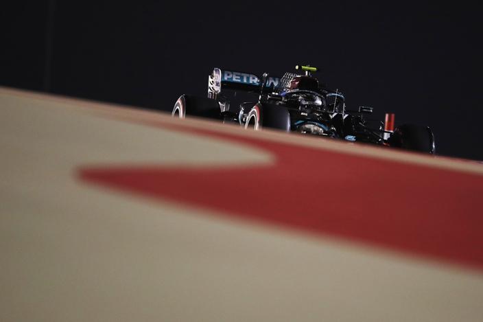Viernes en Baréin – Mercedes: ritmo y dominación