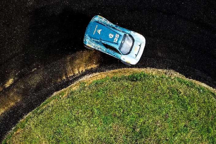 claudia-hurtgen-completa-la-alineacion-de-pilotos-abt-cupra-xe