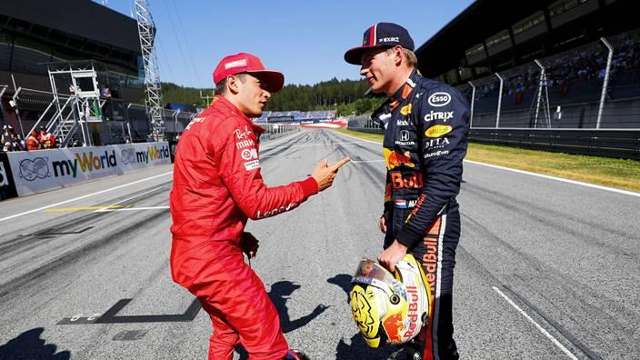 Leclerc comenta la mala relación que tenía con Verstappen en sus días en el karting