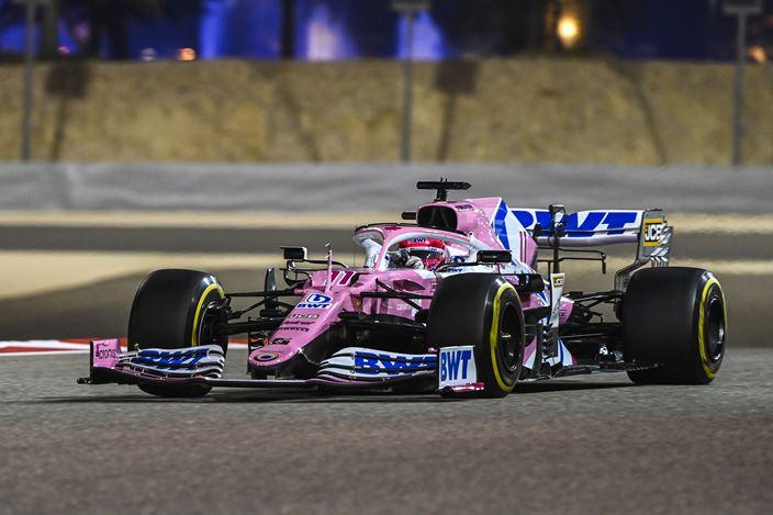 Sergio Pérez se alza con su primera victoria en un alocado GP de Sakhir
