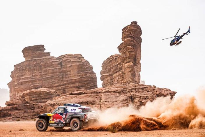 Dakar 2021 – Etapa 11: Al-Attiyah gana pero Peterhansel lo tiene prácticamente hecho