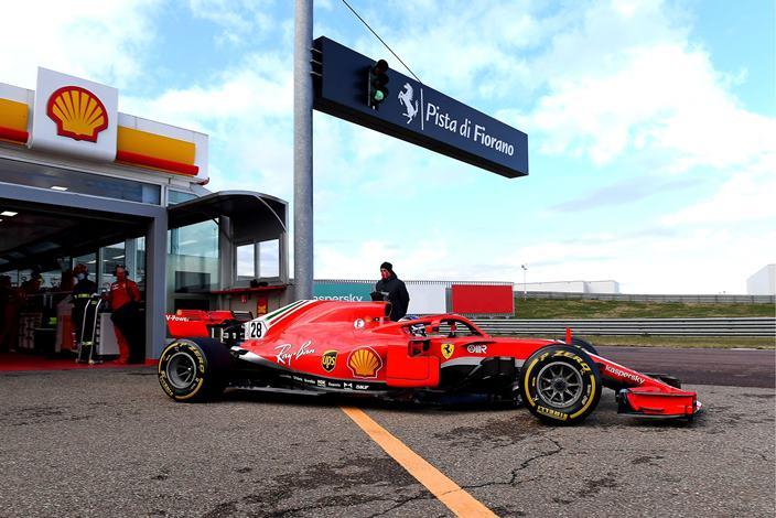 Ferrari completa su primer día de pruebas en Fiorano con Shwartzman, Alesi y Armstrong