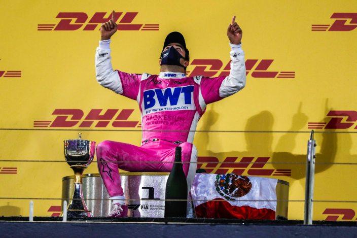 "Hill, sobre Red Bull: ""Tendrán que escuchar lo que diga Pérez, porque tiene más experiencia que Verstappen"""