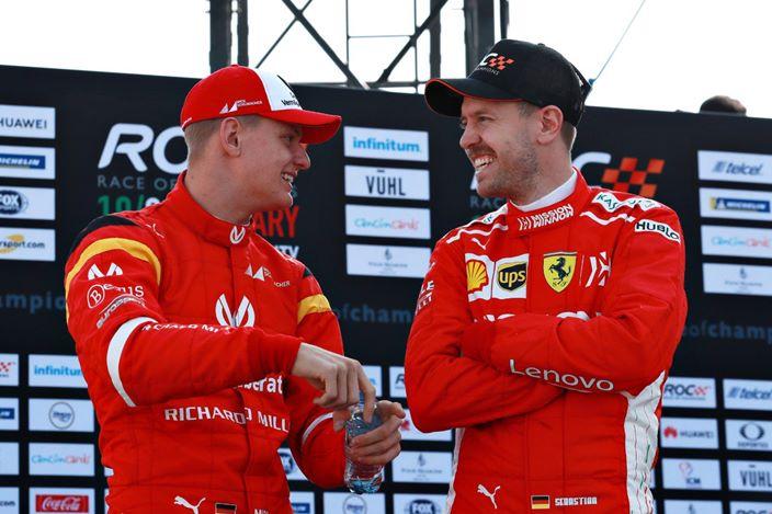 """Vettel aconseja a Mick Schumacher: """"Estoy contento de contarle todo lo que sé"""""""