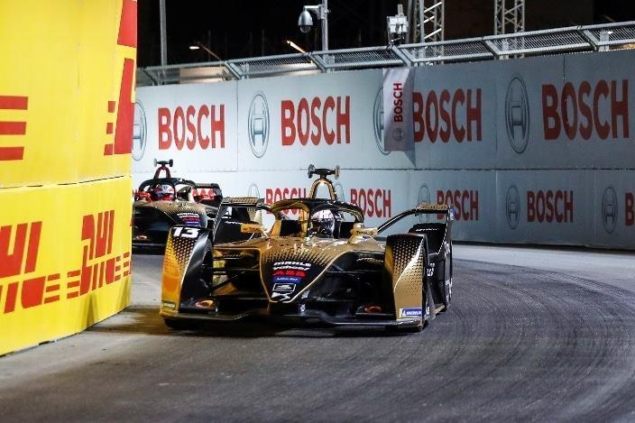 E-Briefs: JEV es penalizado y Da Costa sube al tercer lugar del podio