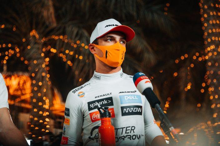 Peligro sanitario: las mascarillas más populares en F1 han sido prohibidas