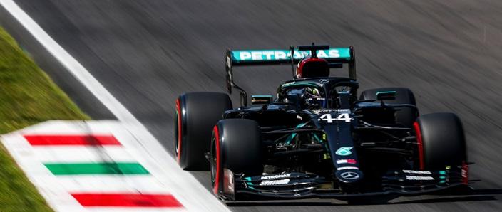 Un comisario de la FIA destapa la conversación con Hamilton tras su penalización en Monza