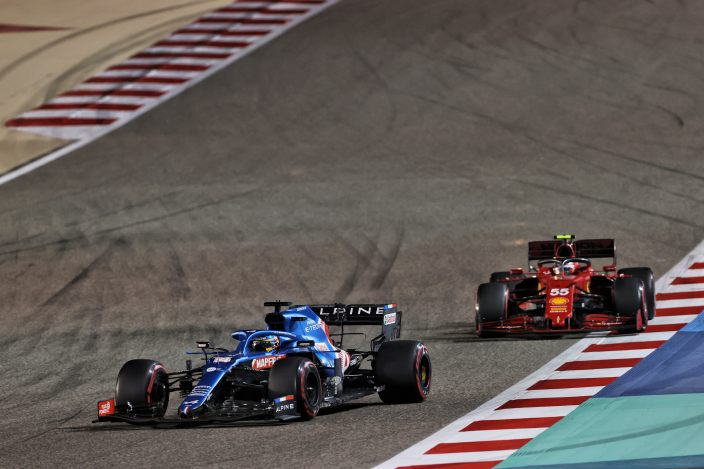 Domingo en Baréin - Alpine se va de vacío; Alonso se retira por problemas de frenos