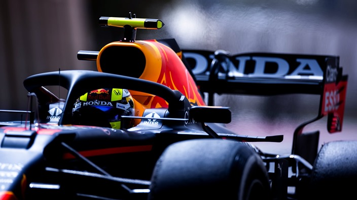 Test F1 2021: Día 2 - Red Bull se centra en simulación de carrera con Checo Pérez