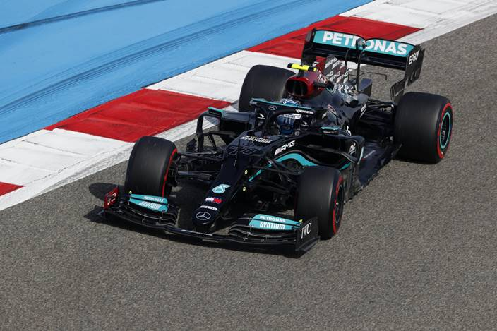 Viernes en Baréin - Mercedes va solucionando los problemas de pretemporada