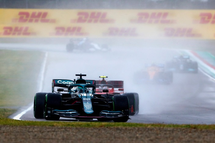 Aston Martin es un daño colateral de los cambios en la F1 2021, según Wolff