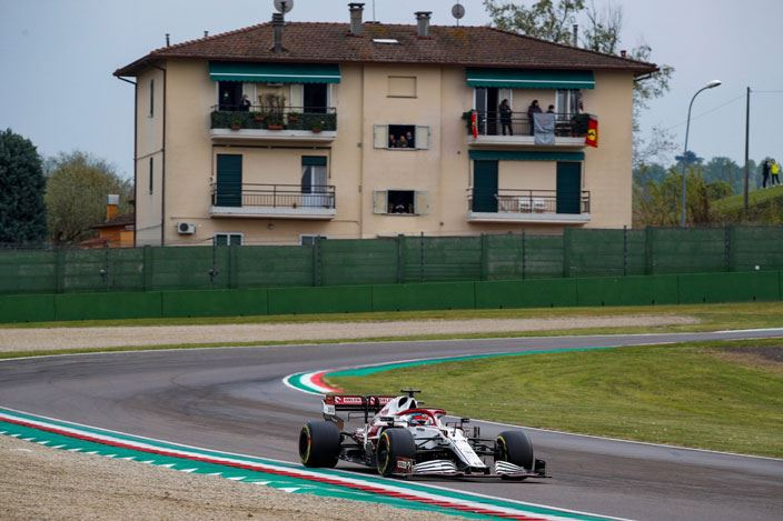 Domingo en Emilia Romaña – Alfa Romeo: mejorando, pero sin puntos
