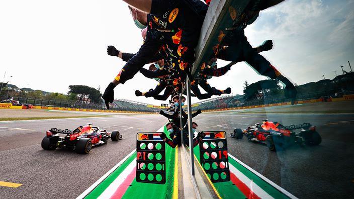 Domingo en Emilia Romaña – Red Bull se lleva la victoria con Verstappen