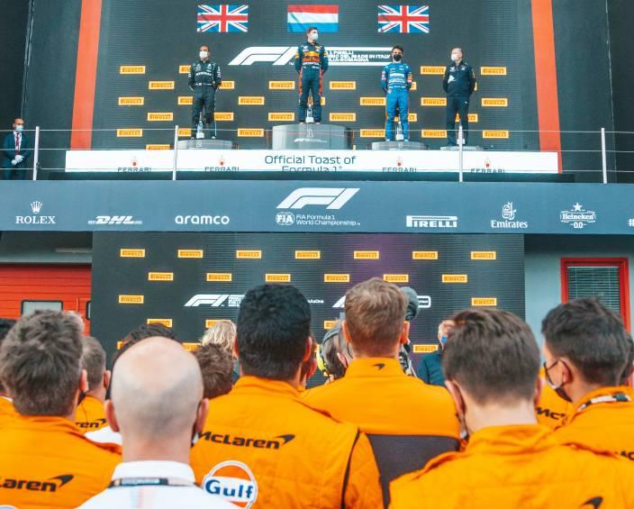 McLaren confía en tener más días de test en 2022