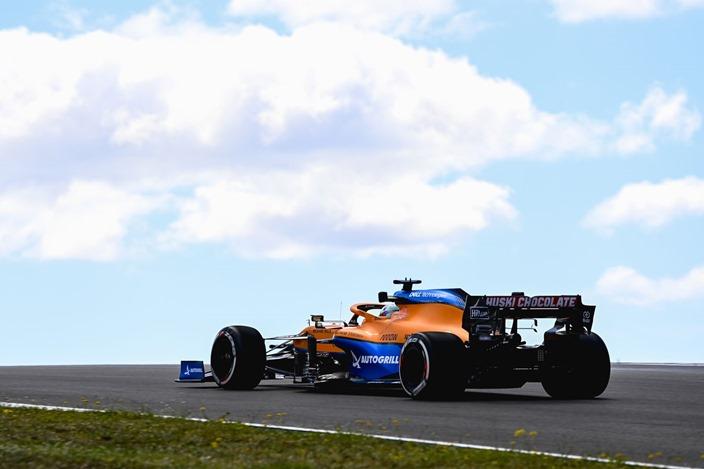 Viernes en Portugal – McLaren, un tanto inestable