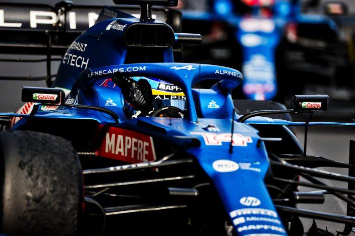 Alonso reconoce que pecó de optimista y que necesitará más carreras para adaptarse